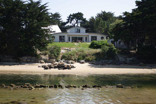 Location vacances maison de luxe bretagne maison de prestige for Annoncesjaunes fr location maison