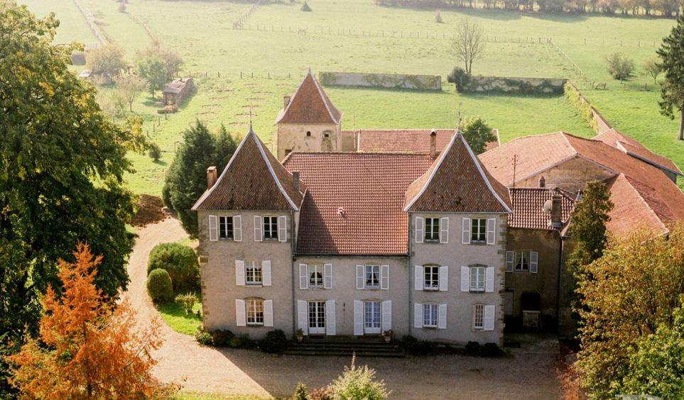 Un ch teau historique du 18 me si cle proximit des - Chateau du 18eme siecle ...